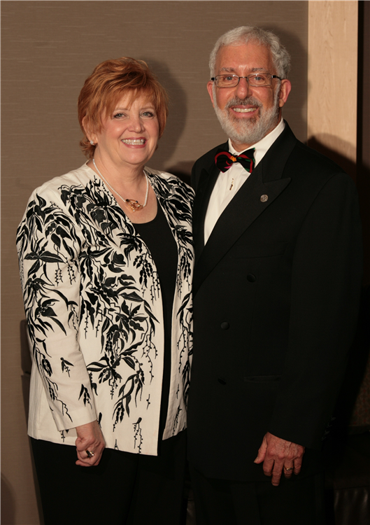 Jim Newman Honored as new Member of the Engineering Society of Detroit's College of Fellows. Attending with him is his wife Lynn.
